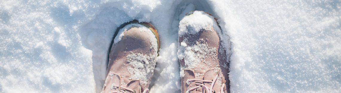 Hoe krijg je sneeuwvlekken van je schoenen?