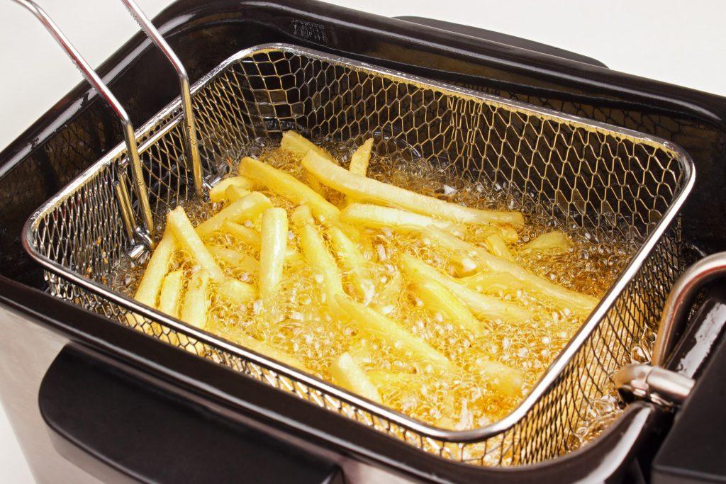 tips frituurpan schoonmaken